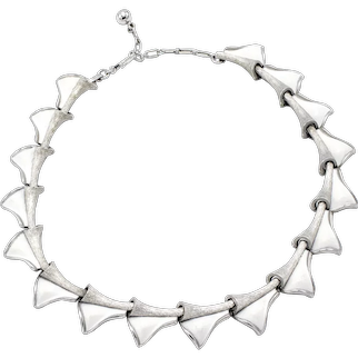 Late 20th Century Trifari White Enamel Folded Triangle Link Necklace