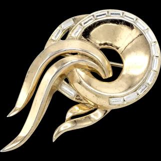Art Deco Trifari Goldtone Comet Brooch