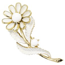 Crown Trifari Milkglass Daisy Brooch
