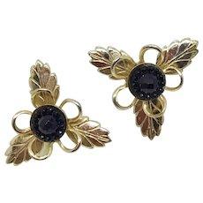 Goldtone Leave-pattern Screwback Earrings with Jet-black Centers
