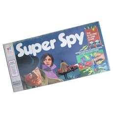 1971 Super Spy The Electric Alarm Game by Milton Bradley. Complete and in Very Good Condition.