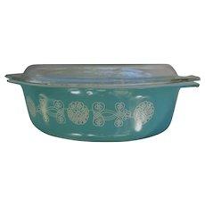 Vintage Rare Lace Medallion Cinderella Pyrex Lidded Casserole Dish.   Promotional Item