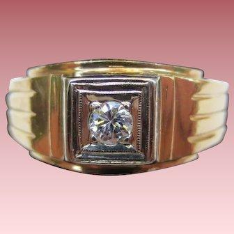 Elegant 14K Gold Mens Deco Diamond Solitaire Ring