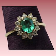 Splendid Vintage Emerald & Diamond 14k Gold Halo Ring
