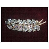 Sale! Vintage Juliana Dangle leaf brooch -