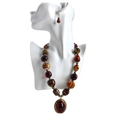 """Chunky Statement Necklace in Amber and Brown Tones, Lucite Pendant and Earrings, 18"""" to 22"""""""