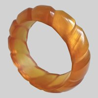 Vintage Translucent Honey Lucite Rope Pattern Bangle Bracelet