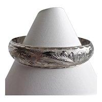 Sterling Silver Vintage Mexican Hinged Bangle Bracelet