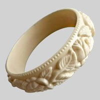 Bangle Bracelet of Cream Color Molded Lucite