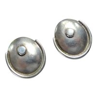 Very Vintage Mexican Sterling Silver Screw Back Earrings