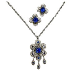 Stunning Vintage Silver Tone Pendant Necklace and Clip Earring Set with Sapphire Crystal Rhinestones
