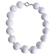 Choker Necklace of Large White Lucite Ball Beads