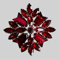 Mid Century Brooch Pin of Deep Red Garnet Colored Stones
