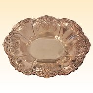 Exquisite Candy/Nuts Silver Plated Dish