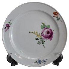 Meissen Marcolini Porcelain Dinner Plate, circa 1800. Floral Designs