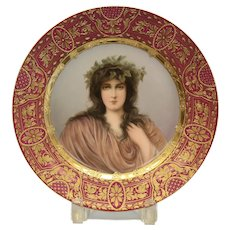 Royal Vienna Hand Painted Porcelain Cabinet Plate, Epheu, circa 1900. Signed