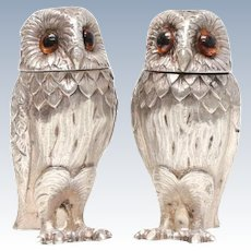 Tiffany & Co London Sterling Silver Salt & Pepper Shakers Owl Form, 1966