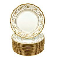 14 Royal Doulton Burslem Porcelain Gilt Scalloped Rim Dinner Plates, circa 1895