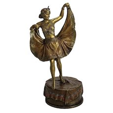 "Franz Bergmann Nam Greb Cold Painted Bronze Signed Lady ""Windy Day"", circa 1890"