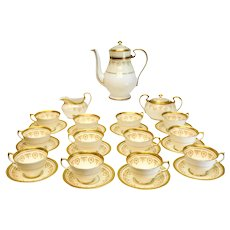 Aynsley Bone China Porcelain Tea Service for 12 in Gold Dowery, circa 1960