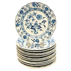 12 Meissen Germany Porcelain Dinner Plates in Blue Onion, 19th Century