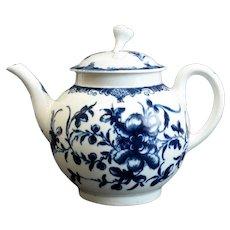Royal Worcester Dr. Wall Porcelain Blue & White Teapot, circa 1760