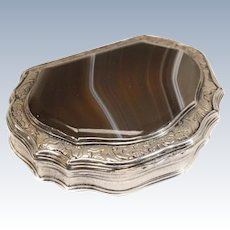 Continental Silver & Agate Snuff Box Scalloped Edge Hand Etched. Mid 19th C