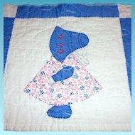 Vintage Handmade Sun Bonnet Sue Quilted Tabletop Runner