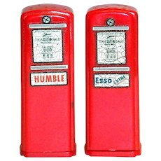 Vintage Esso & Humble Advertising Novelty Red Plastic Gas Pumps Salt & Pepper Set