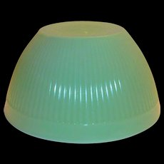 """Fire King 7 1/2""""Rd Jadite Glass Ribbed Bowl"""