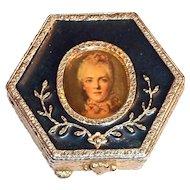 Estee Lauder Hexagon Marie Antoinette Powder Compact
