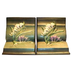 "Roseville ""Freesia"" Green Bookends"