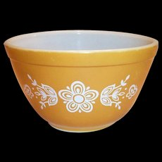 Pyrex Butterfly Gold 1 1/2 Pint Bowl