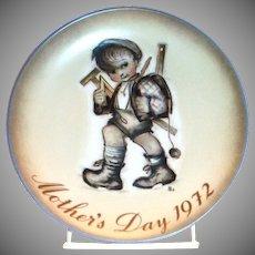 Berta Hummel 1972 Mother's Day Plate