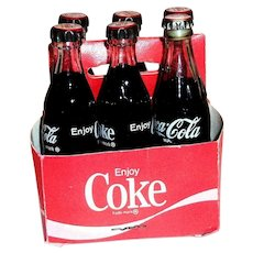 Vintage Coca Cola Miniature Cardboard Carrier With 6 Miniature Coke Bottles