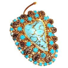 Apple Shape Gold Tone Pin with A Turquoise Colored Heart Shape Center