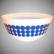 Pyrex Blue New Dot 2 1/2 Qt Bowl