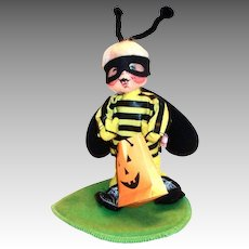 Annalee 1998 Halloween Child In Bee Costume Trick Or Treat Doll