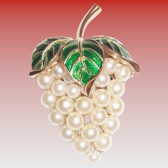Trifari White Simulated Pearl Strawberry Shaped Pin