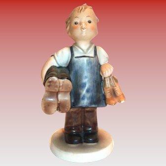 Goebel: M. J. Hummel: Boots Figurine 143/0