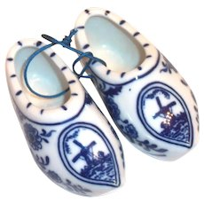 Delft Mini Pair of Porcelain Dutch Shoes