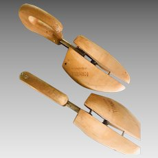 Formwell Adjustable Wood Shoe Forms Stretchers Rare Curved Back Handle W. Germany