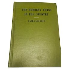 The Bobbsey Twins in the Country Laura Lee Hope 1940
