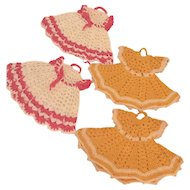 Retro Hand Crocheted Dress Pot Holder Pairs in 2 Colors