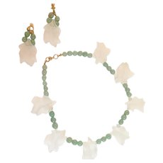 Vintage Jade and Large Molded Leaf Lucite Parure Clip Earring and Necklace Set