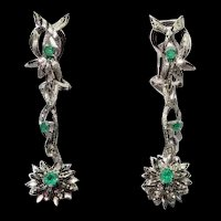 Vintage 18k White Gold Green Emerald Diamond Cut Florentine Finish Flower Drop Earrings