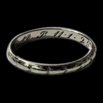 Estate Platinum Circa 1925 Engraved Patterned Art Deco Wedding Band Ring Size 6