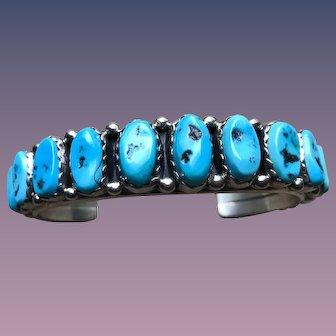 A quality Navajo Mary Ann Spencer turquoise cuff bracelet
