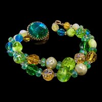 A vibrant vintage Hattie Carnegie art glass beaded bracelet.