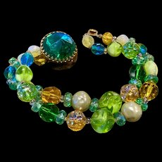 A vibrant vintage Hattie Carnegie art glass beaded bracelet.